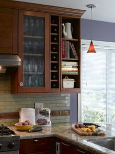 kitchen design, corner cabinets, pendant light
